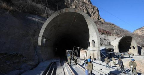 The-Application-of-Self-Drilling-Rock-Anchor-in-Taihang-Mountain-Tunnel